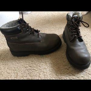 Shoes - Waterproof booties, Size 3.5